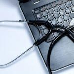パソコンを修理に出すとデータは消える?修理に出す際の注意点や復元方法は?