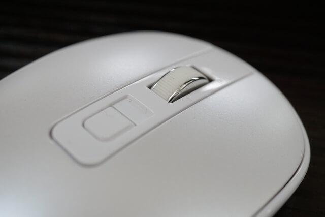ノート パソコン マウス 動か ない