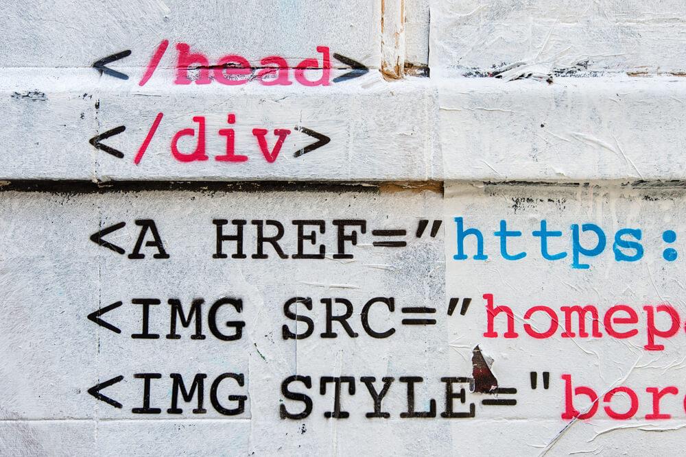 コントロールコードやHTMLタグを使用している